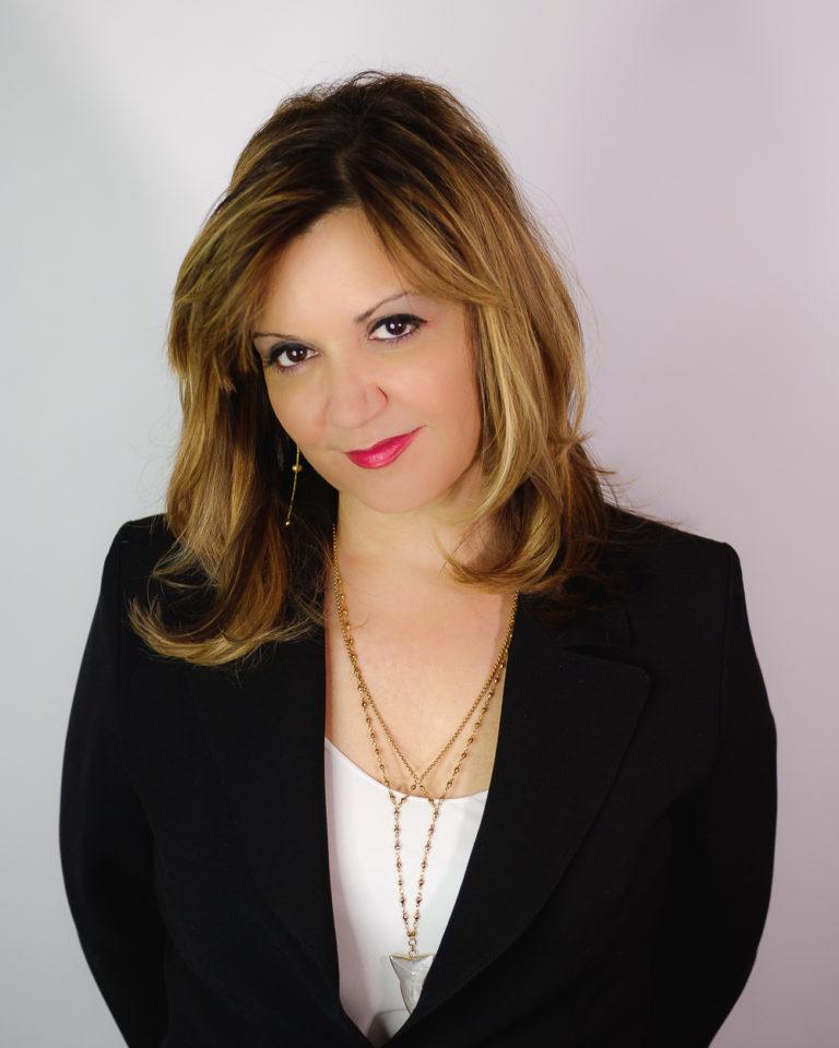 Angela Veri